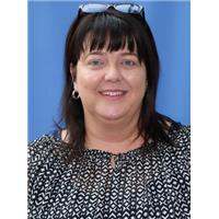Sarah Nunns Manager CCCV